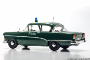 Opel Olympia Rekord P1, Limousine