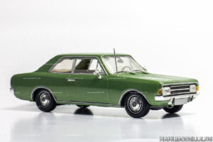 Opel Rekord C, Limousine