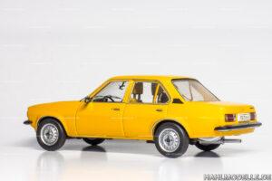 Opel Ascona B, Limousine