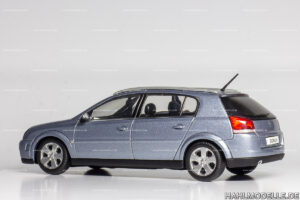 Opel Signum, Limousine