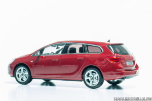 Opel Astra J, Sportstourer, Kombi